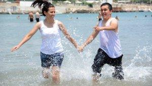 Özel çocuklar ilk kez denizle buluştu