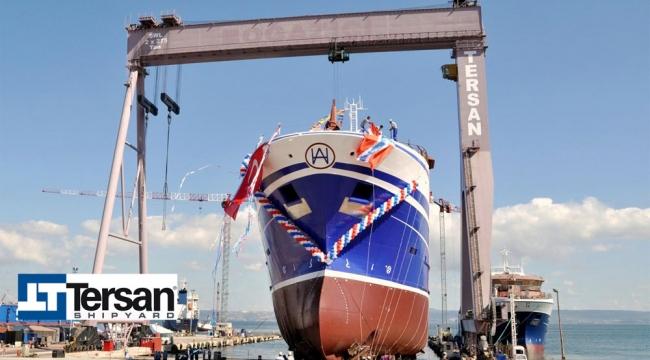 Tersan'ın inşa ettiği 'Calvert' balıkçı gemisi denize indirildi