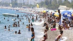 Antalya'da termometreler 39 dereceyi gösterdi