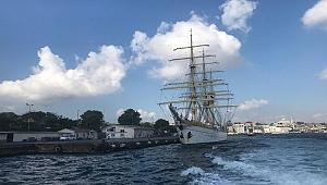 Romanya'nın 3 direklisi Nava Scoala Mircea İstanbul'da
