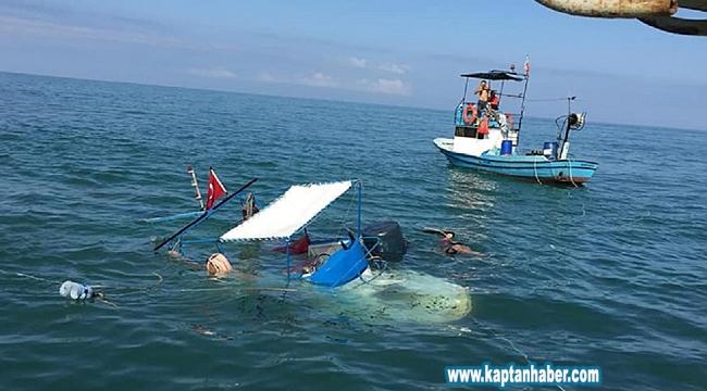 Alaplı'da balıkçı teknesi battı