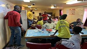 Türk denizciler İspanya açıklarında 24 Afrikalı mülteciyi kurtardı