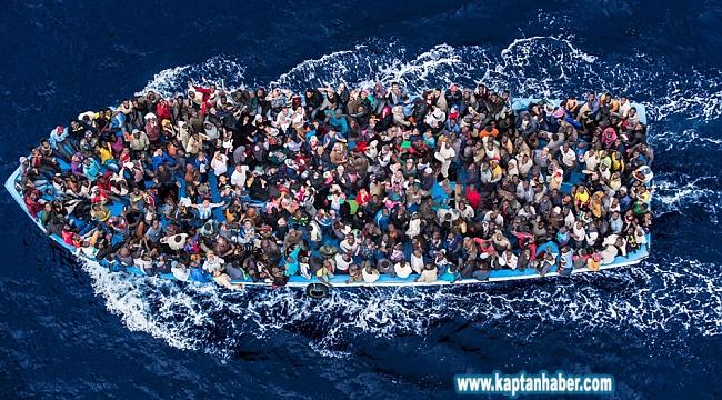 Kuşadası Körfezi'nde 40'ı çocuk 81 göçmen yakalandı