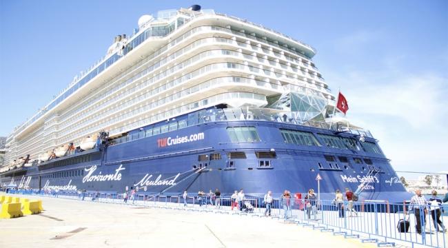 İzmir'e 10 ayda 1 milyon 800 bin üstünde ziyaretçi geldi