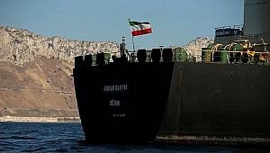 İran kaçak yakıt taşıyan gemiye el koydu