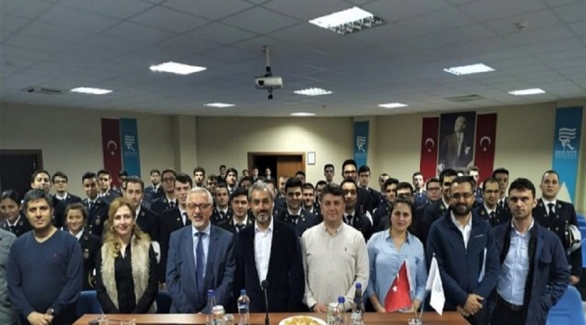 Turgut Kıran Denizcilik Fakültesi KIRAN Holding'i ağırladı