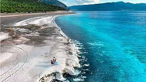 Salda Gölü'nü 2019'da 1 milyon 400 bin kişi ziyaret etti