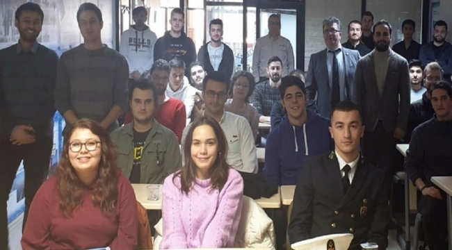 Denizci Öğrenciler Derneği ve Türk Kılavuz Kaptanlar Derneği işbirliği ile 'Gemi Manevrası Temel Eğitimi' düzenlendi