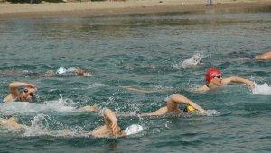 Yüzme tutkunları 14. Datça Kış Yüzme Maratonunda yarışacak