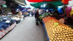 Bursa'nın tarihi pazarı boş kaldı
