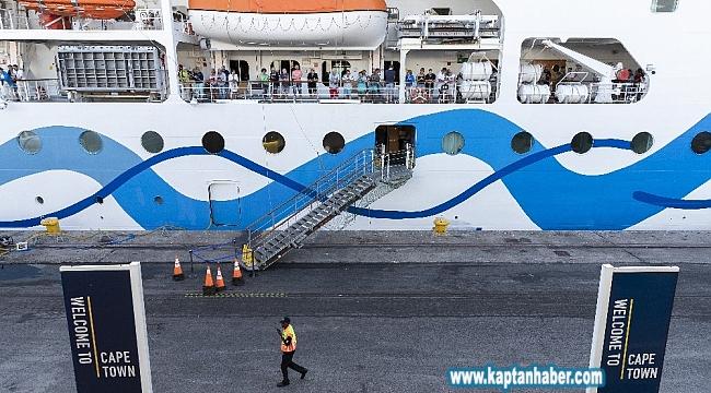 Corona ve AidAmira adlı gemilerde Korona virüs şüphesi