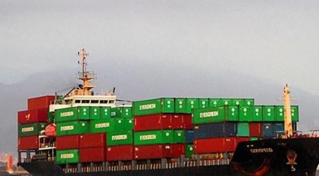 Konteyner gemisi ile pilot bot çatıştı