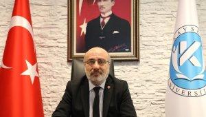 """Rektör Prof. Dr. Karamustafa: """"Çanakkale Deniz Zaferi, vatan, bayrak ve ezan aşkı ile bir milletin yeniden doğuşudur"""""""