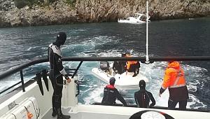 Su alan teknenin imdadına Sahil Güvenlik ekipleri yetişti