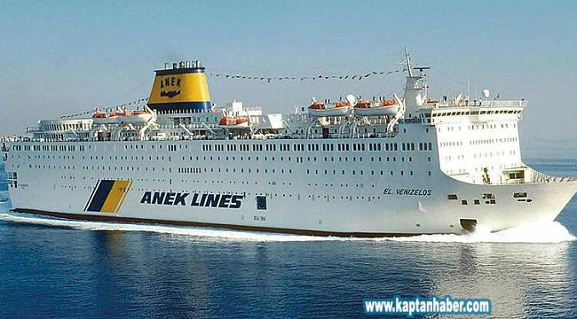 152 Türk, Pire'de gemi karantinasında