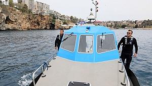 Antalya'ya denizden girişe 'Karakolbot' ile denetim