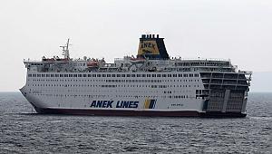Dev seyahat gemisi karantinada: Mürettebatın 160'ı Türk