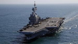 Fransız uçak gemisindeki askerlere koronavirüs bulaştı
