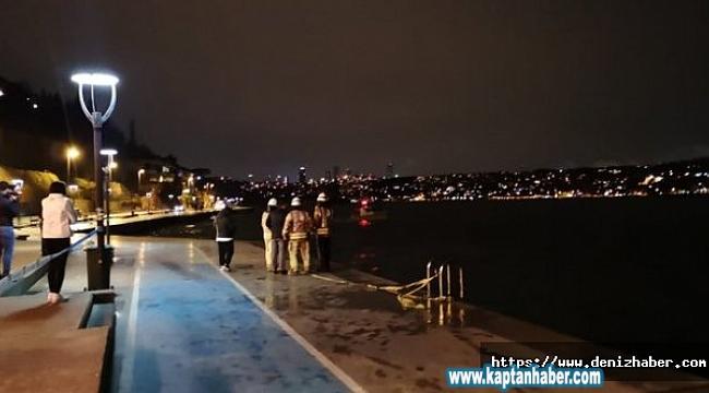 Kanlıca sahilinde araç denize uçtu, sürücü kadını eski dalgıç kurtardı