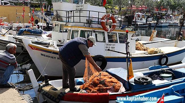 Küçük tekne balıkçılarından sokağa çıkma kısıtlamasından muafiyet talebi