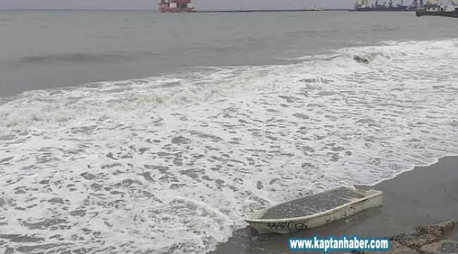 Marmara Denizi'nde dev dalgalar