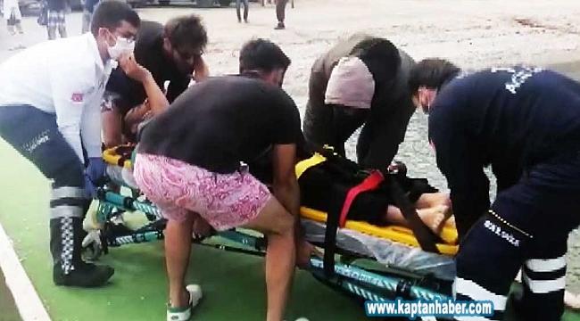 Motosiklet sürücüsü 80 metreden denize uçtu
