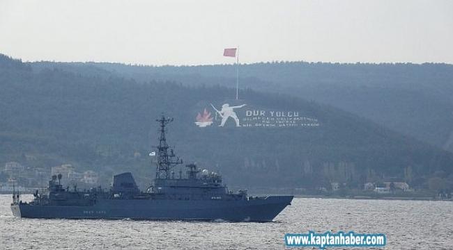 Rus keşif gemisi Çanakkale Boğazı'ndan geçti