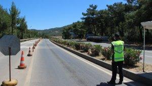 Bayram öncesi Bodrum'a giren araç sayısı 150 binlerden sıfıra düştü