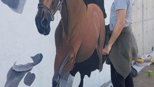Darıca Sahil Parkı 3 boyutlu resimlerle güzelleşiyor