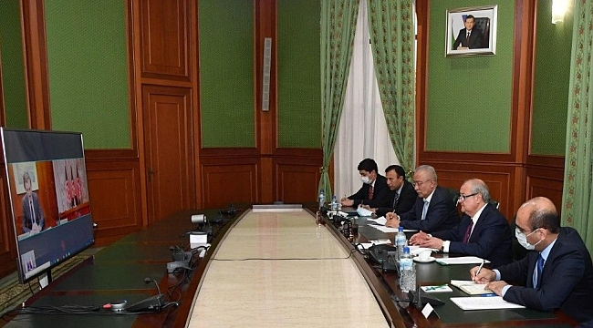 Özbekistan-ABD-Afganistan, 'Afganistan barış sürecini' görüştü