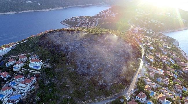 Sanatçı Haluk Levent'den Kaş yangını paylaşımı: