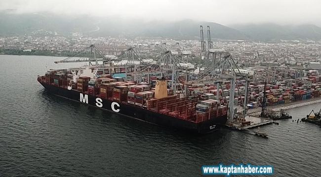 Türkiye limanları tarihinin en büyük konteyner gemisini ağırlıyor