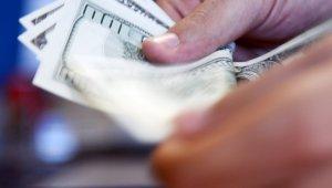 Yıl sonu enflasyon beklentisi geriledi, dolar tahmini yükseldi