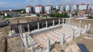Havuz inşaatı hızla yükseliyor