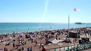 İngilizler sahillere akın etti