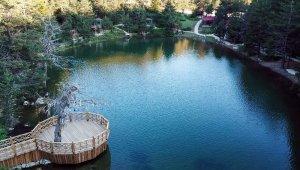 Korona virüs tedbirleri alınan tabiat harikası Limni Gölü ziyaretçilerini bekliyor