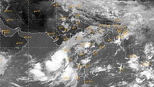 Nisarga Kasırgası Hindistan'da etkili olmaya başladı