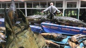 Türkiye Deniz Canlıları Müzesi'nde mumyalanmış balıklara bakım yapıldı