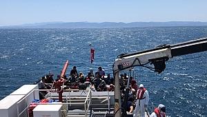 Ayvalık'ta 57 düzensiz göçmen kurtarıldı
