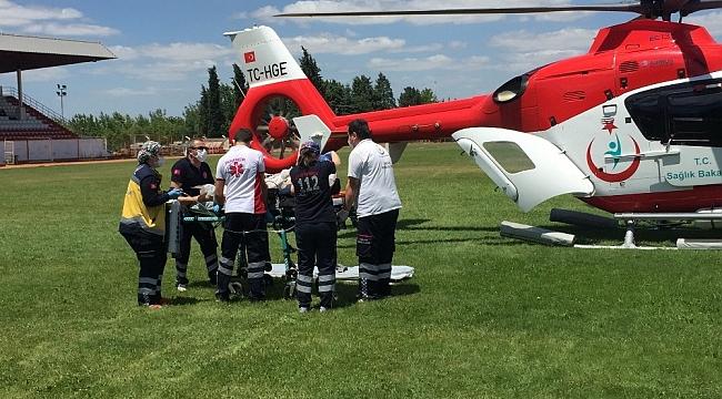 Denizde vurgun yiyen 17 yaşındaki genç, ambulans helikopter ile İstanbul'a gönderildi