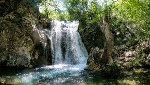 """Kahramanmaraş'ın saklı cenneti: """"Değirmendere Şelalesi"""""""