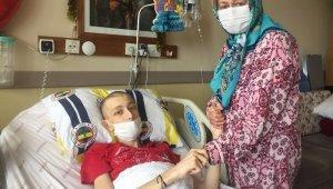 Kanser olduğunu öğrenen 17 yaşındaki genç 56 kilodan 37 kiloya düştü