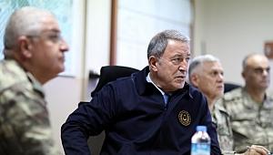 Milli Savunma Bakanı Akar ve Genelkurmay Başkanı Orgeneral Güler, Trablus'ta