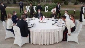 """Milli Savunma Bakanı Akar'dan """"Doğu Akdeniz"""" mesajı"""