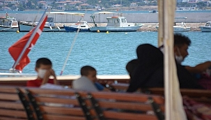 Ayvalık'ta 46 düzensiz göçmen Sahil Güvenlik ekipleri tarafından kurtarıldı