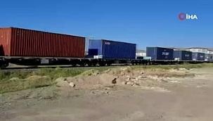 Çin'den gelen dev yük treni İzmit'te