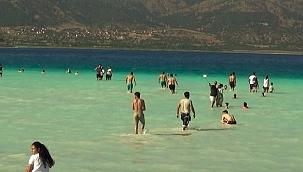 Salda Gölü için yeni yasaklar