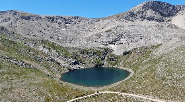Uludağ'ın saklı güzelliği göller bölgesi