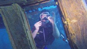 Van Gölü'nde Rus yapımı yük gemisi tarihin izlerini taşıyor