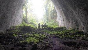 Dünya'nın en derin 4'üncü mağarası Ilgarini'de insan kemikleri bulundu